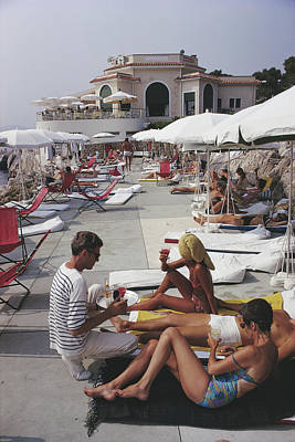 Architecture Photograph - Hotel Du Cap by Slim Aarons