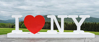 Photograph - I Love New York Sign by Jim Vallee