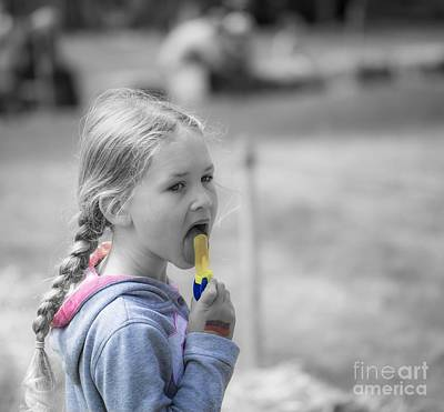 Photograph - Icecream Time by Eva Lechner