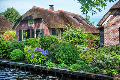Holiday Pillows 2019 - Idyllic Giethoorn Cottages. The Netherlands 3 by Jenny Rainbow