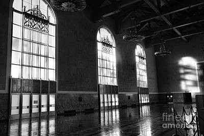 Photograph - Interior Union Station Black White Los Angeles California  by Chuck Kuhn