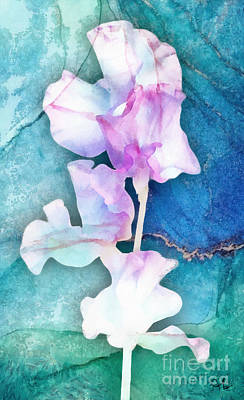 Mixed Media - Iris by Mo T
