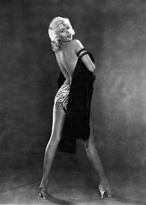 Human Interest Photograph - Jayne Mansfield by Hulton Archive