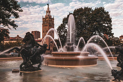 Photograph - Jc Nichols Fountain In The Kc Plaza by Gregory Ballos