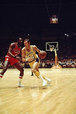 Photograph - Jerry West Action Portrait by Wen Roberts
