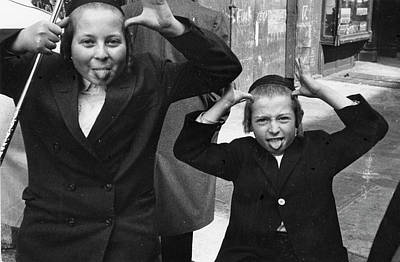 Photograph - Jewish Boys On East 10th by Fred W. Mcdarrah