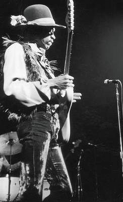 Photograph - Jimi Hendrix At The Fillmore East by Fred W. Mcdarrah