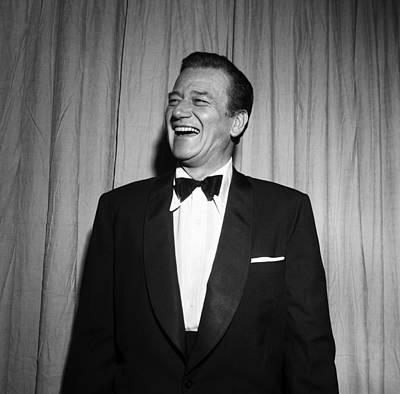 Photograph - John Wayne At The Oscars by Michael Ochs Archives