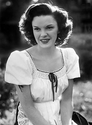Photograph - Judy Garland by Bob Landry