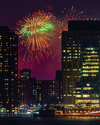 Photograph - July 4th In New York City by Chris Lord