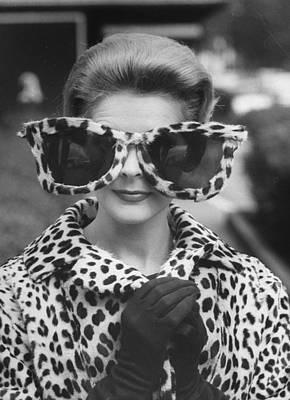 Fashion Photograph - June Pickney by Stan Wayman