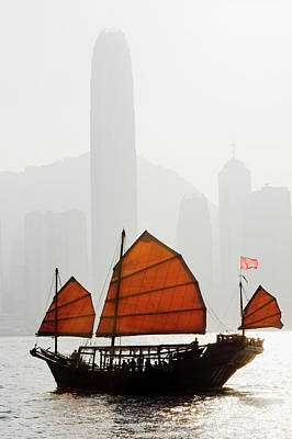 Chinese Junk Wall Art - Photograph - Junk Boat In Victoria Harbour Hong Kong by Deejpilot