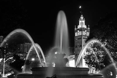 Photograph - Kansas City J.c. Nichols Fountain Monochrome by Gregory Ballos