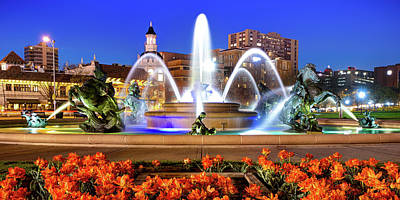 Royalty-Free and Rights-Managed Images - Kansas City J.C. Nichols Memorial Fountain Panorama by Gregory Ballos