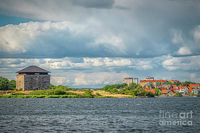 Target Threshold Nature - Karlskrona Powder House Fort by Antony McAulay