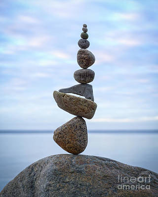 Sculpture - Keep The Balance by Pontus Jansson