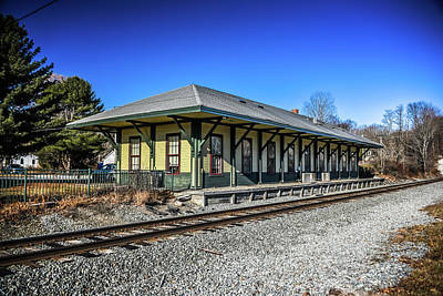 Photograph - Kennebunkport Station by Guy Whiteley