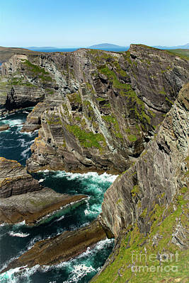Portmagee Wall Art - Photograph - Kerry Cliffs Four by Bob Phillips
