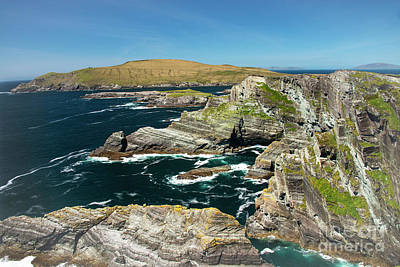 Portmagee Wall Art - Photograph - Kerry Cliffs Five by Bob Phillips