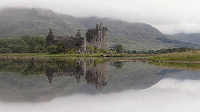 Photograph - Kilchurn Castle by Victoria Redpath
