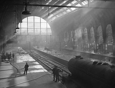 Photograph - Kings Cross Fire by Express