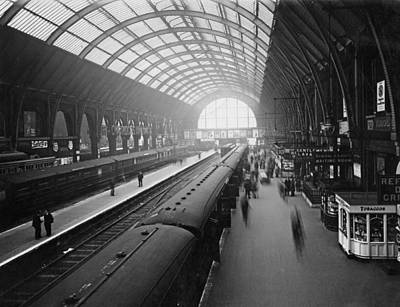Photograph - Kings Cross Station by Macgregor