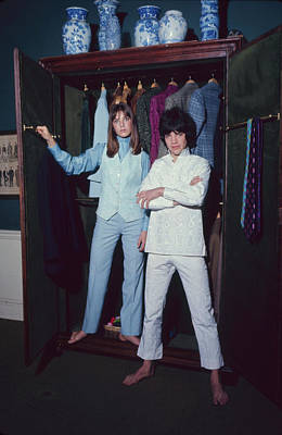Photograph - L-r Actress Jane Birkin And Pop-singer by Bill Ray