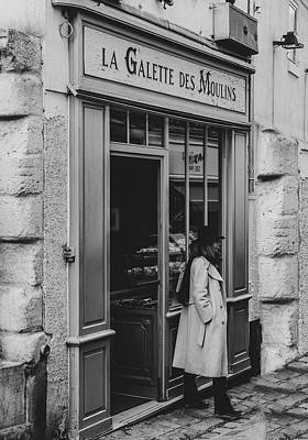 Photograph - La Galette Des Moulins - Paris by Georgia Fowler
