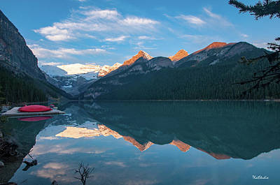 Photograph - Lake Louise Sunrise by Tim Kathka