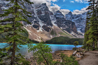 Photograph - Lake Moraine Canada Hiking Trail by Dave Dilli