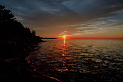 Photograph - Lake Ontario Sunset by Jack R Perry
