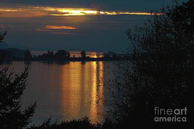 Wall Art - Photograph - Last Sun Of The Day by Gary Wing