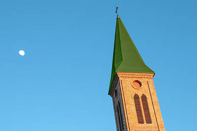 Photograph - Leaning Steeple by Todd Klassy