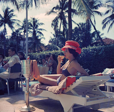 Drinking Photograph - Leisure And Fashion by Slim Aarons