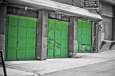 Photograph - Leprachaun Garage by Dan Urban