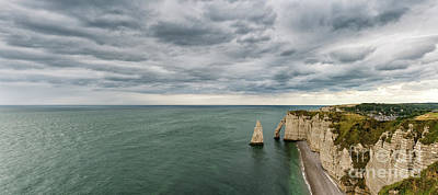 Kitchen Mark Rogan - Les Falaises by DiFigiano Photography