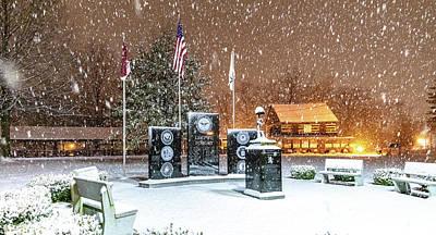 Parkersburg Wv Photograph - Lest We Forget Memorial by Jonny D