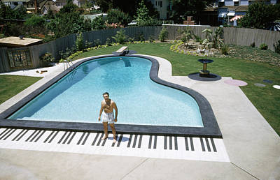 Photograph - Liberace & His Piano Pool by Loomis Dean