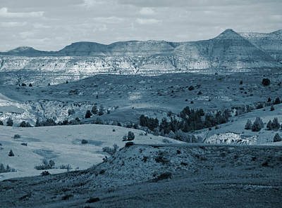 Photograph - Light And Shadow In West Dakota by Cris Fulton