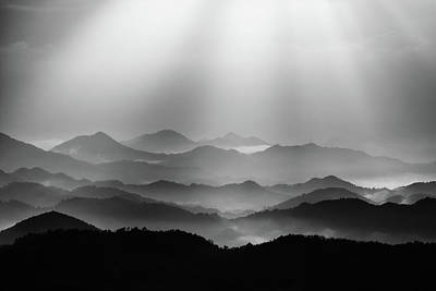 Photograph - Light In The Valley by Photography By Stephen Cairns