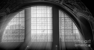 Photograph - Light Rays City Hall San Francisco Bw by Chuck Kuhn