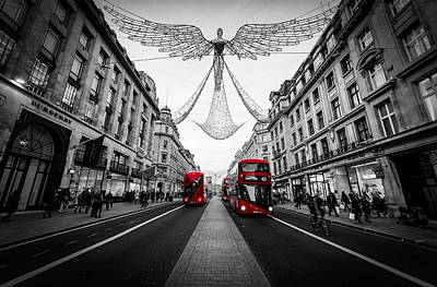 Studio Graphika Literature - London seen in selective colour during Christmas. by George Afostovremea