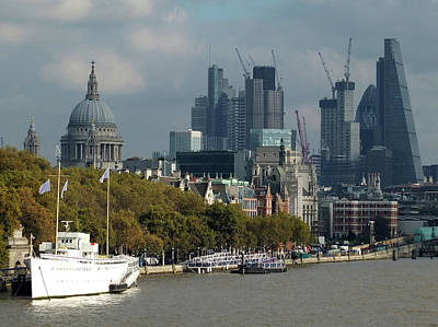 London Skyline Royalty-Free and Rights-Managed Images -  London Thames by Philip Openshaw