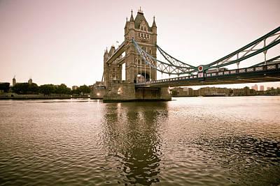 Risultati immagini per tower bridge 300x200