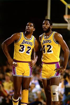 Photograph - Los Angeles Lakers by Andrew D. Bernstein