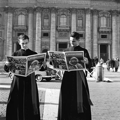 Photograph - Losservatore Romano by Evans