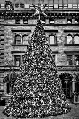 Photograph - Lotte New York Palace Bw  by Susan Candelario