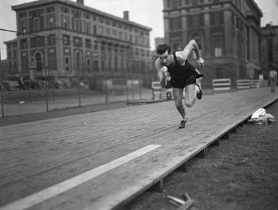 Photograph - Louis Zamperini by Bettmann