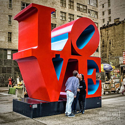 Photograph - Love On New York Street by Nick Zelinsky