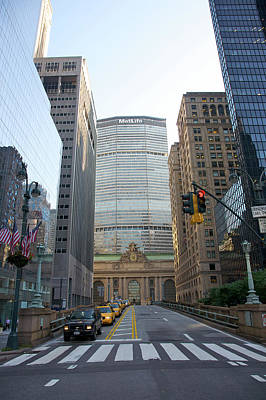 Architecture Photograph - Lower Park Avenue, Grand Central by Barry Winiker